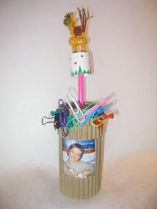 Pot à crayons à réaliser avec votre enfant